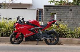Tvs Apache RR 310 First Look Review First Look Review Image, Milage And Price And Compare With Ktm