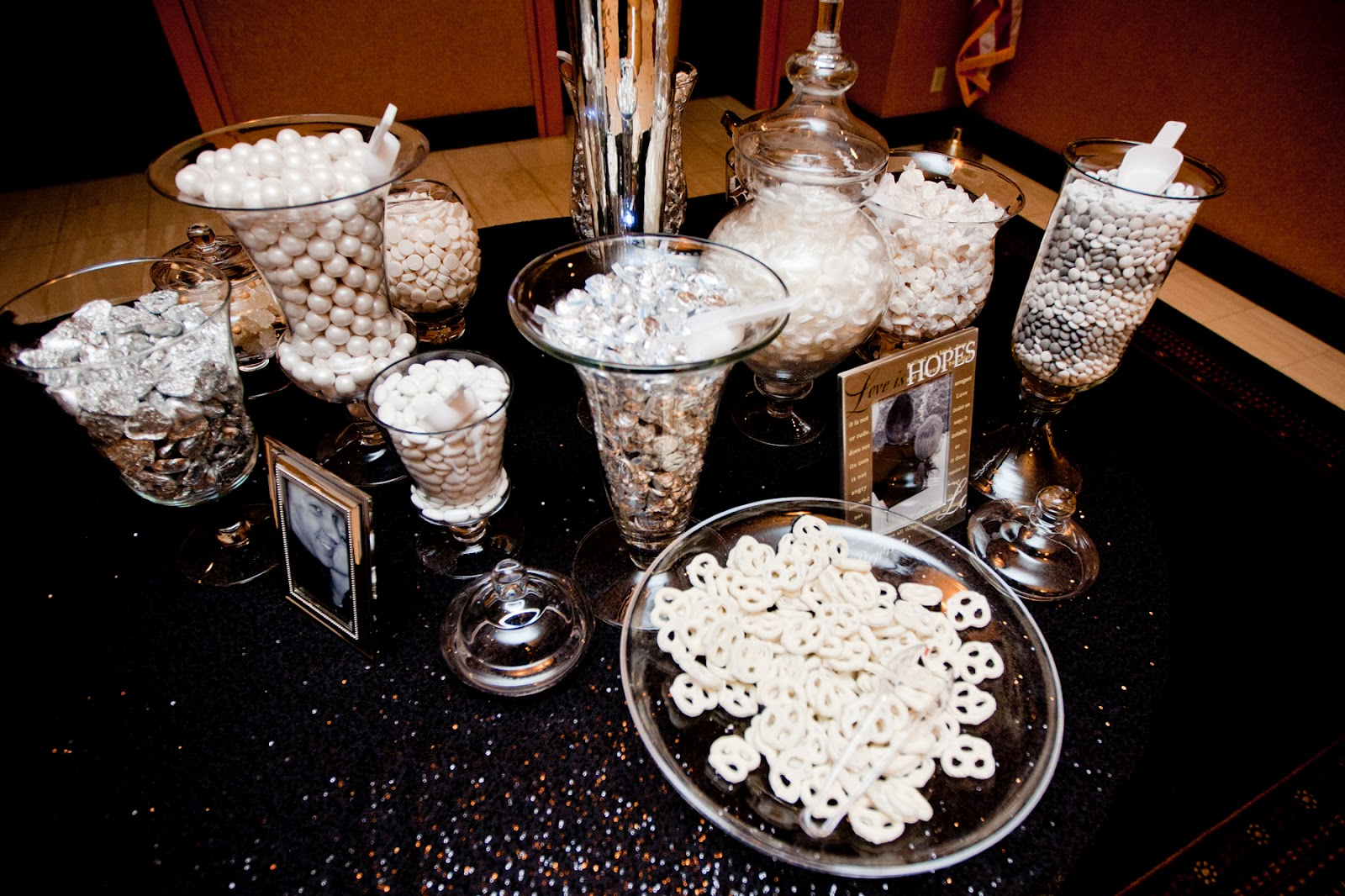 candy table wedding candy bar 12 best images about Candy table on Pinterest Candy bars Candy buffet tables and White candy bars