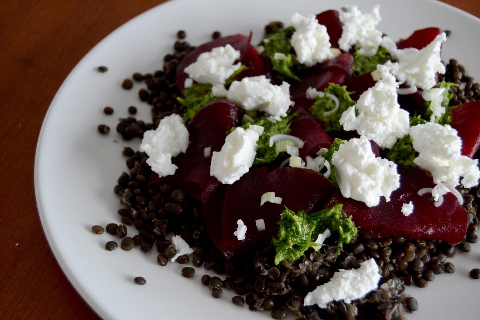 kuchen quiche linsensalat mit roter bete und ziegenfrischk se. Black Bedroom Furniture Sets. Home Design Ideas