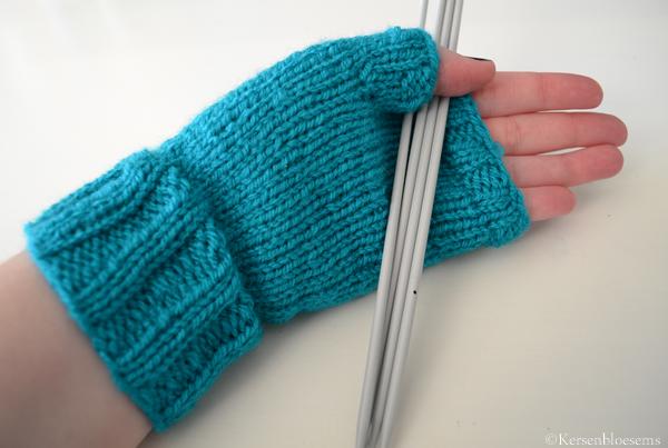 Vingerloze Handschoenen Gebreid Kersenbloesems