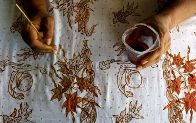Batik Cirebon - Peluang Batik Masuk Pasar Singapura Terbuka 8a69988ee4