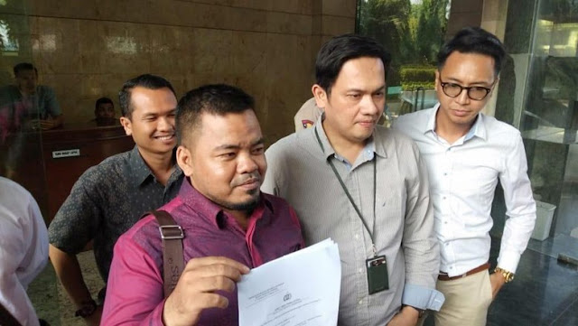 Laporkan Prabowo Cs soal Ratna, Farhat Tak Wakili Timses Jokowi