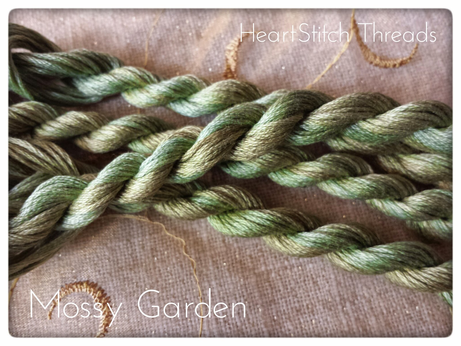 http://heartstitchdesigns.blogspot.it/p/heartstitch-threads-hand-dyed-antiquity.html