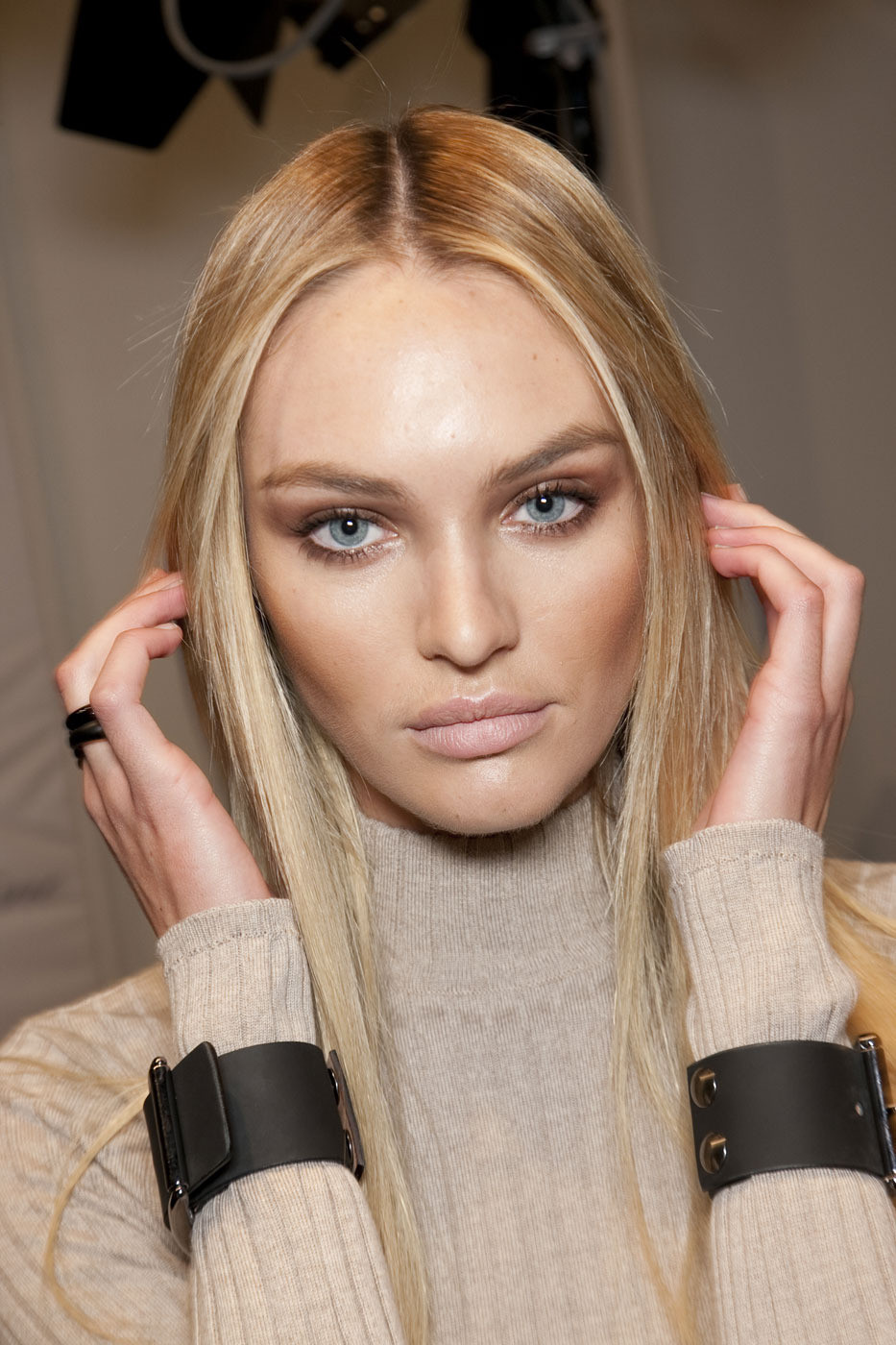 Makeup Show: Models Inspiration: Candice Swanepoel Backstage Fashion