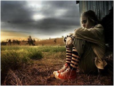 صور خلفيات بنات حزينة