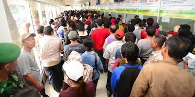 Puluhan Ribu Pendatang Serbu Karawang