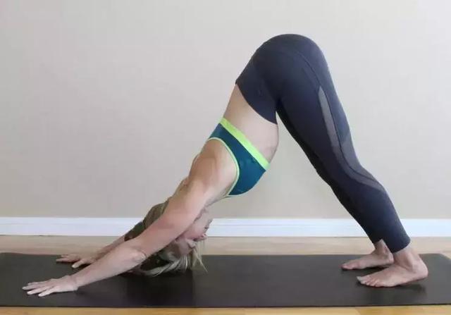 8個簡單動作,幫你改善僵硬的身體!(緩解疲勞)