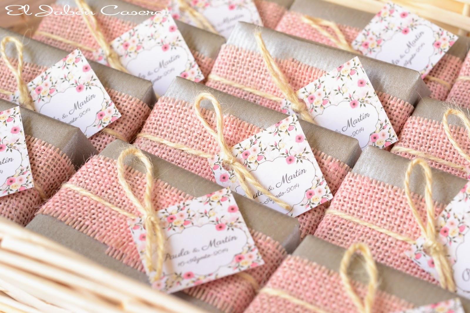 jabones naturales para bodas en rosa