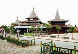 http://www.materisma.com/2014/05/sejarah-kerajaan-banjar-kesultanan.html