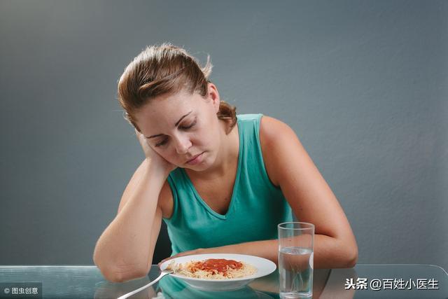 按摩這5個位置改善不思飲食,每天做兩次,讓您有個好胃口(改善食慾)