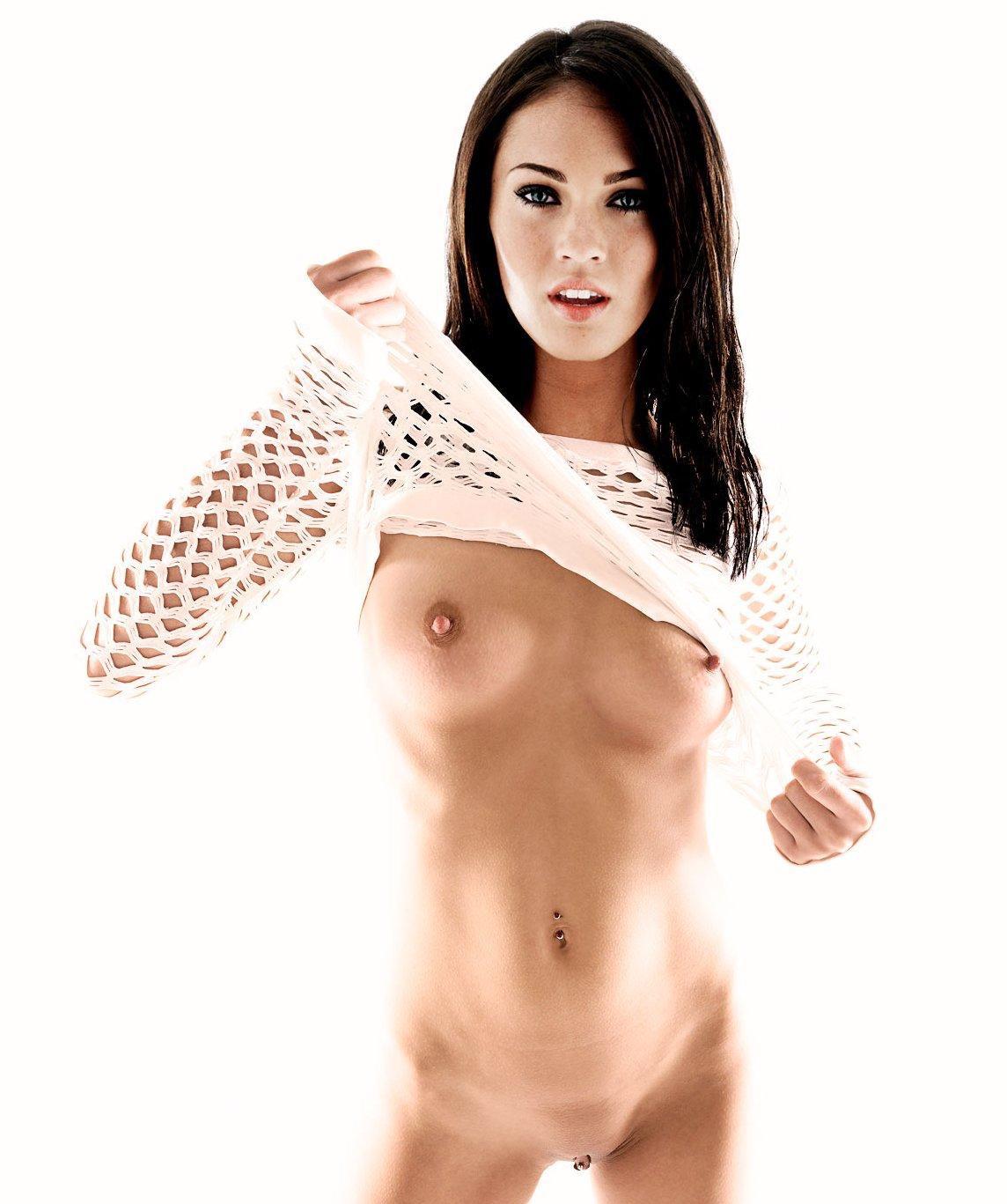 Megan Fox Exposing Boobs