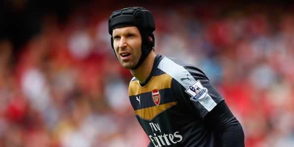 Jelang Derby London: Arsenal Galau Tanpa Cech dan Koscielny