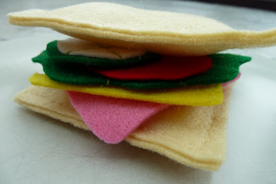Toy food sandwich made from felt