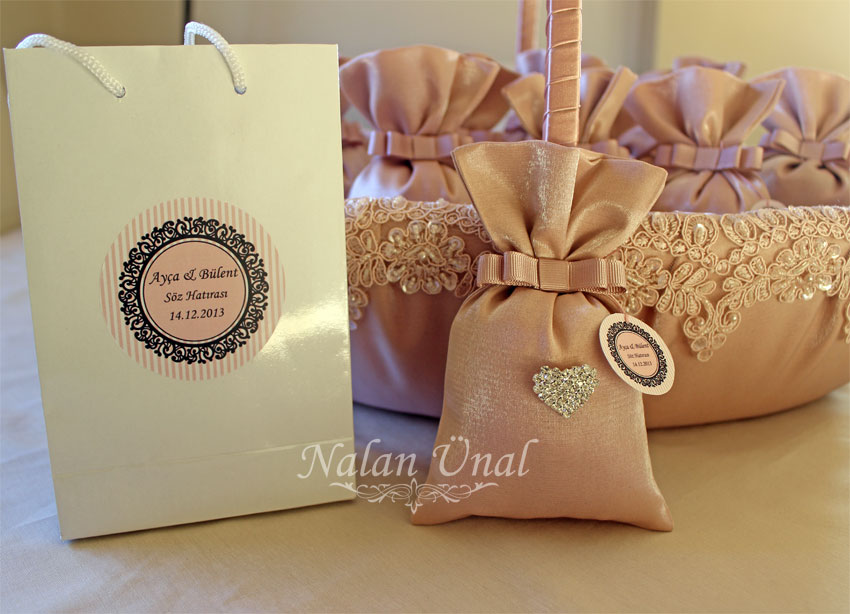 pudra renkli taşlı kese ve hediye çantası