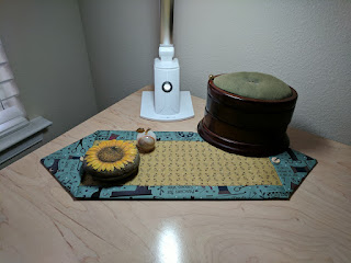 Happy sewing room for 10 minute table runner with batting