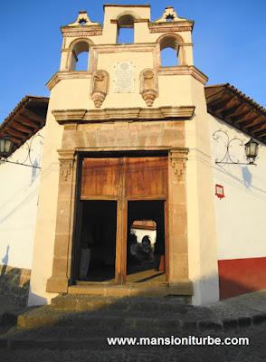 Antiguo Colegio de San Nicolas Obispo en Pátzcuaro, hoy Museo de Artes e Industrias Populares