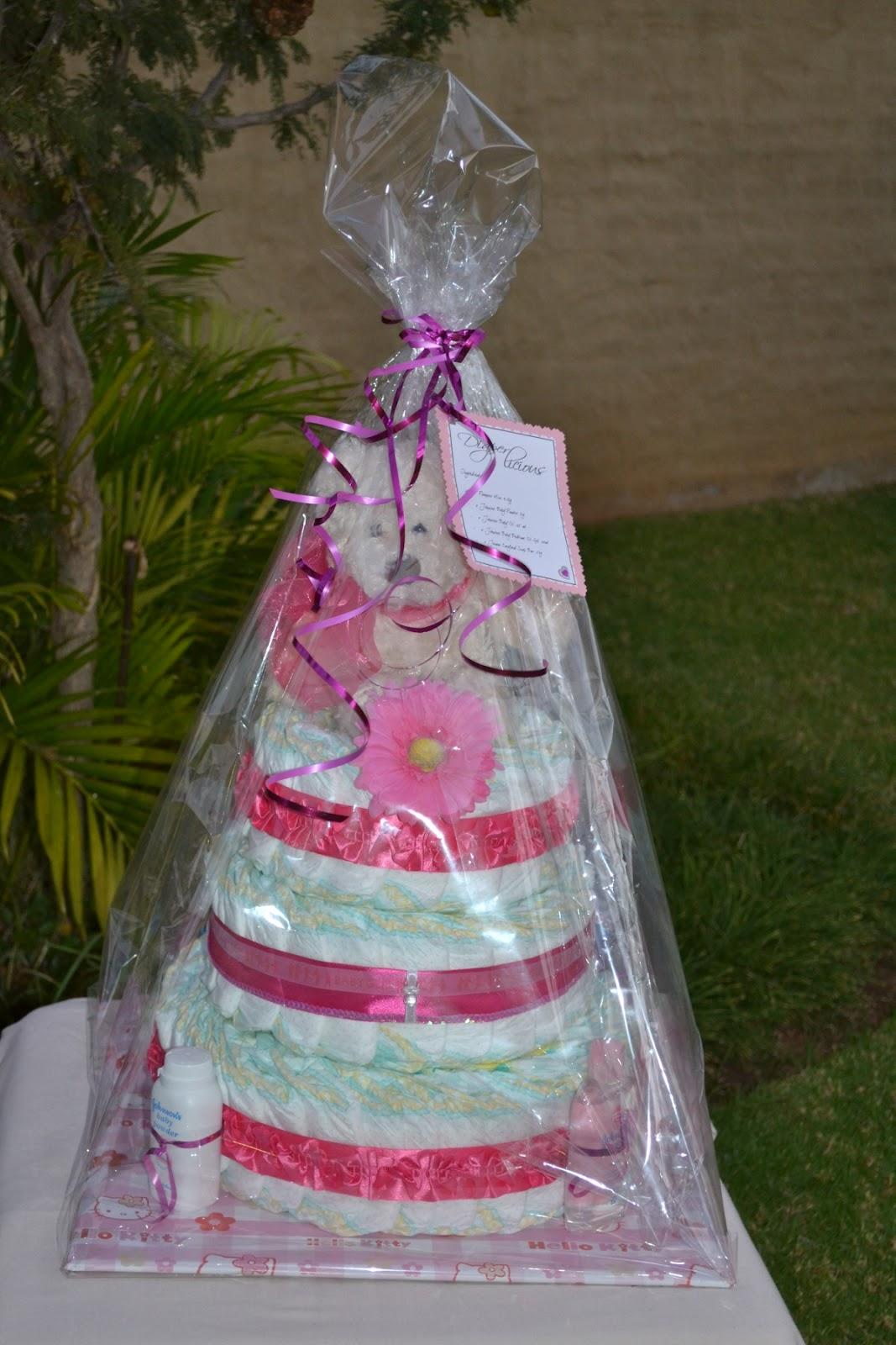 Diaperlicious Baby Girl Bling Diaper Cake