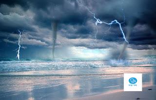 বজ্রপাত থেকে যেভাবে নিজেকে রক্ষা করবেন ,how to keep safe from lightening bengali,how to keep safe from thunder storm in bengali