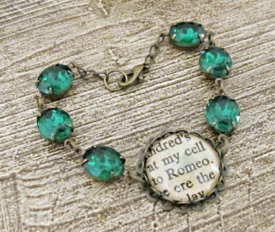 image romeo and juliet bracelet two cheeky monkeys glam it up emerald green shakespeare