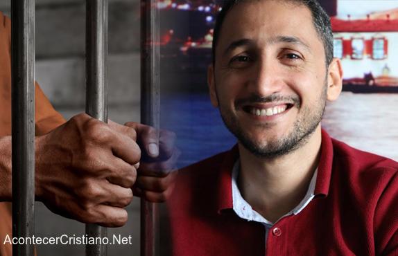 Pastor iraní preso