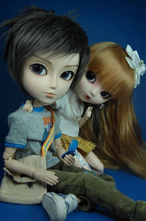 doll love image