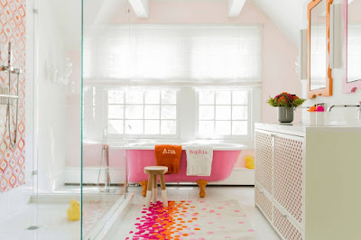Easy-Ways-to-Add-Color-Into-Your-Bathroom-Design-Play-With-Colorful-Tile