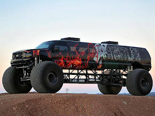Sin City Hustler the Monster Truck Limousine Side