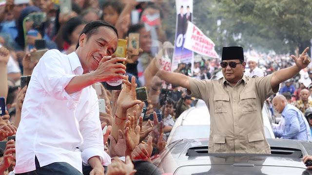 Foto: Perbandingan Massa Kampanye Jokowi dan Prabowo di GBK