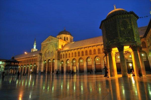 Jejak Gereja di Masjid Umayyah Damaskus Suriah
