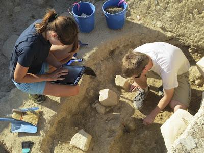Η αρχαιολογία στα χέρια των εργολάβων