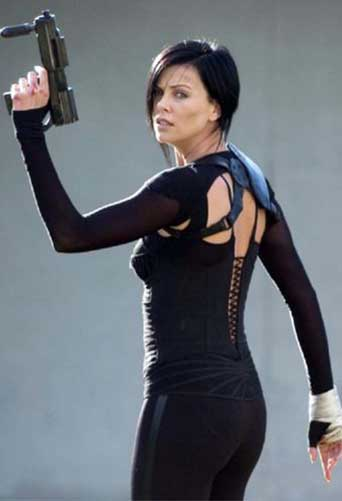 Charlize Theron in a catsuit in Aeon Flux 2005 movieloversreviews.filminspector.com