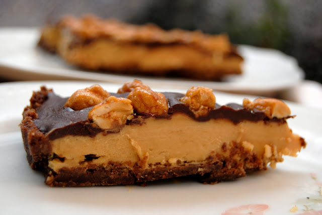 Tarta de Crema de Cacahuete con cobertura de Chocolate