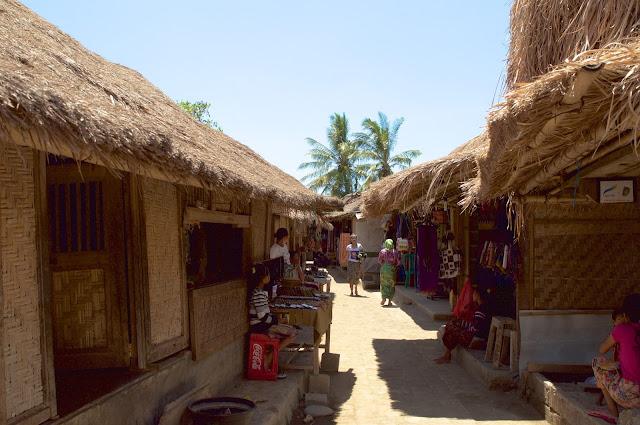 Lombok, pulau lombok, lombok island, indonesia, travel, travelling, wisata, jalan- jalan, pantai, suku sasak, desa sade, desa tradusional