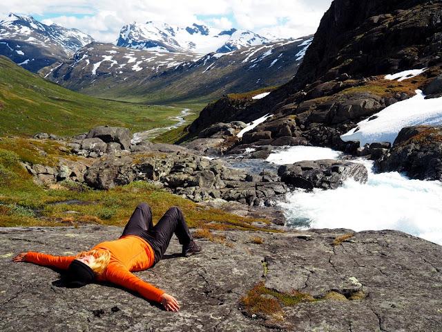 sluníčko, příroda, trek, kameny, Jotunheimen, Norsko, opalování