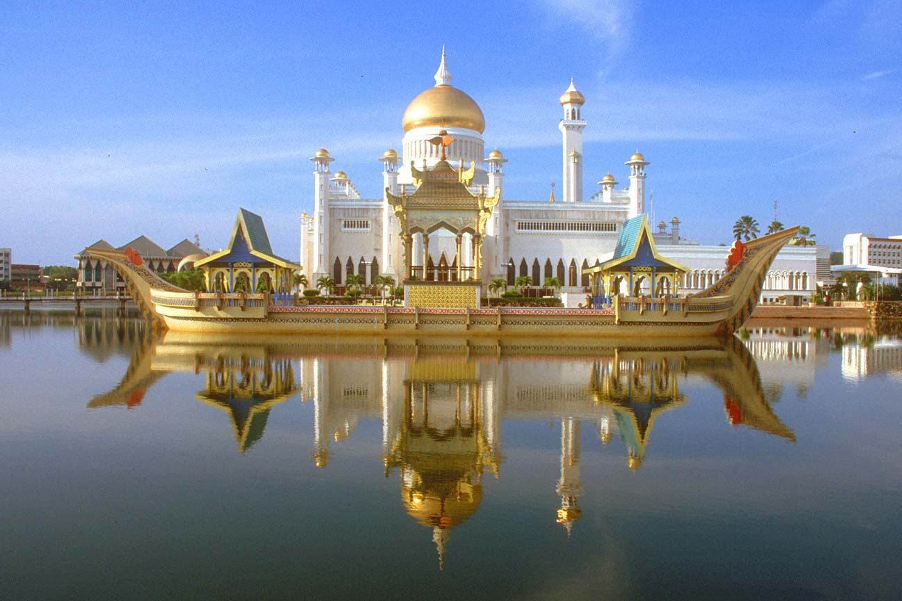 Top 5 Beautiful Mosques Wallpapers