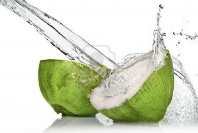 Cara Mencegah Penyakit Batu Ginjal dengan air kelapa dan lemon