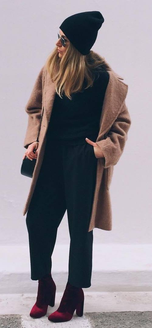 fall fashion inspiration | hat + nude coat + top + pants + boots + bag