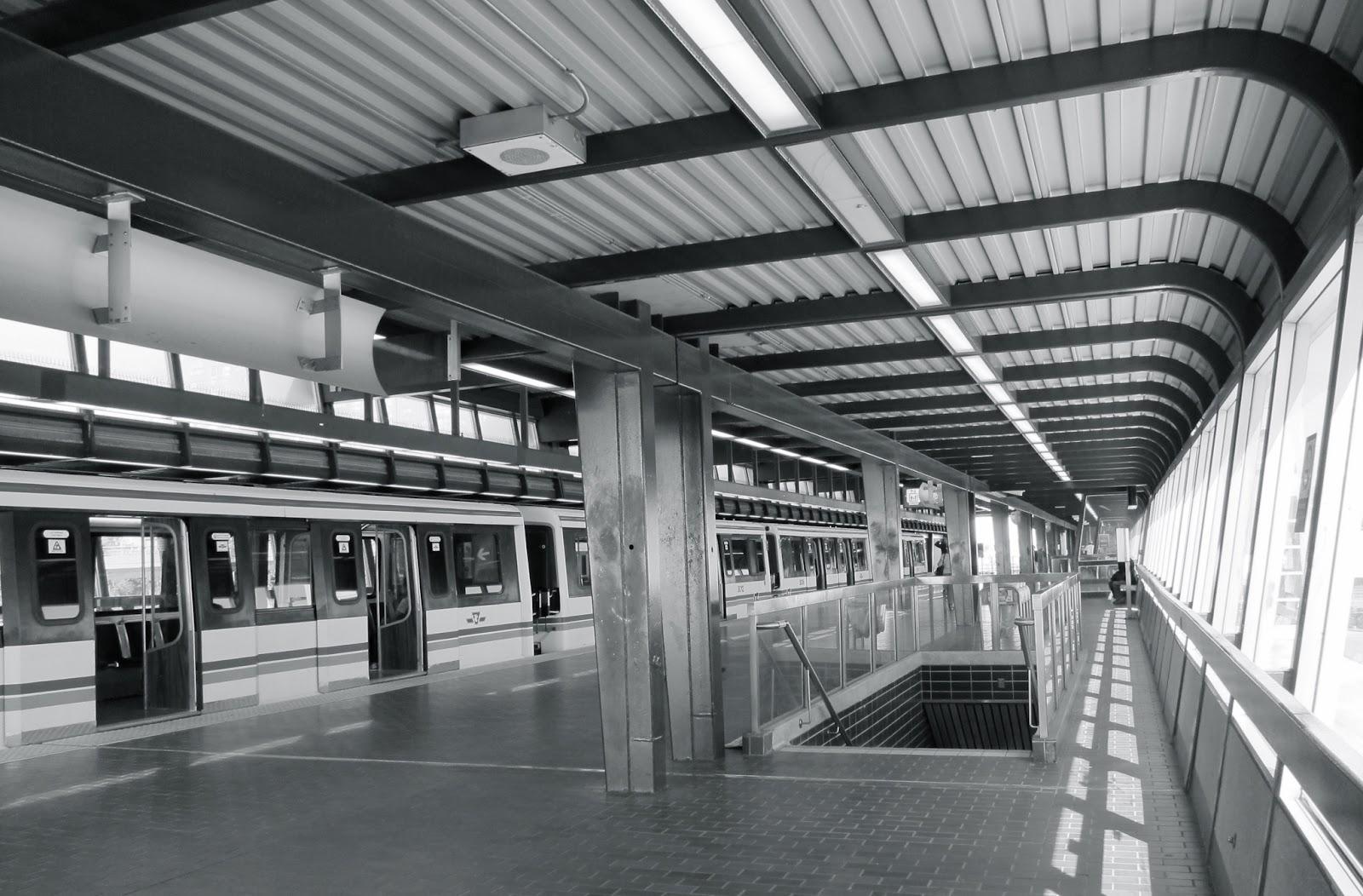 Kennedy station RT platform