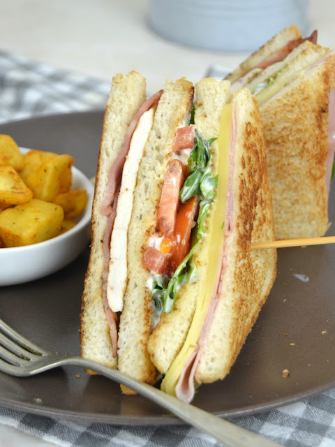 Sándwich Club de pollo (estilo VIPS)