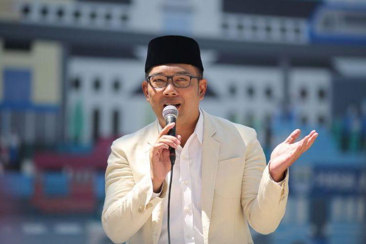 Berpose Satu Jari, Ridwan Kamil Dilaporkan ke Bawaslu