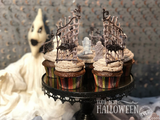 Halloween cupcakes, cupcake graveyard, black forest chocolate cupcakes with graveyard decorations