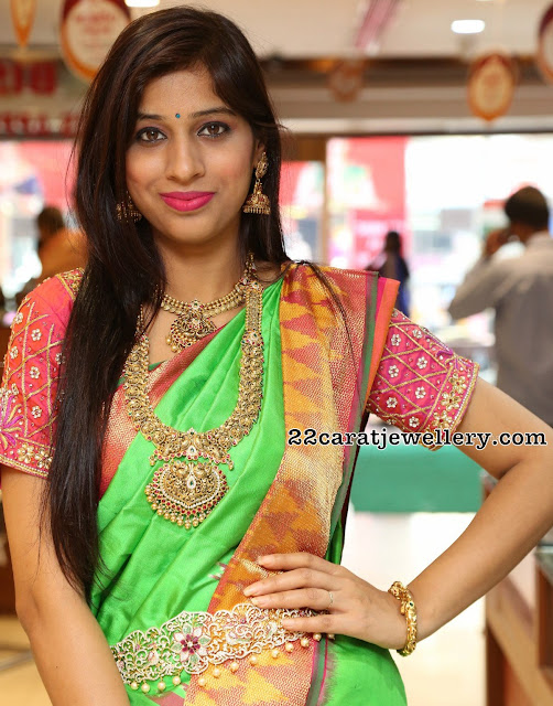 Naziya Khan at Chandana Brothers