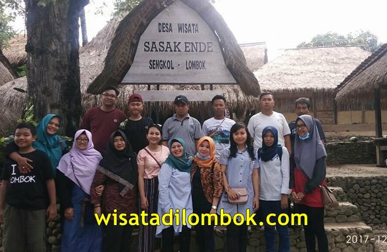 Objek Wisata di Hari Pertama dalam Itinerary Paket Wisata Lombok