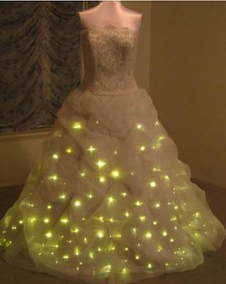 Vestido de novia luminoso y alocado