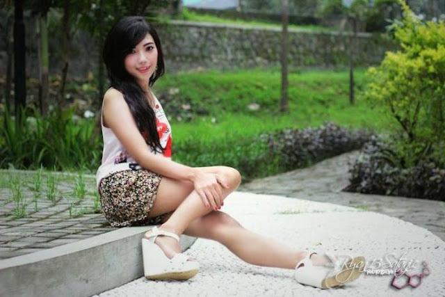 Rhea Agustine, Kenalkan Wisata Jogjakarta Lewat Foto