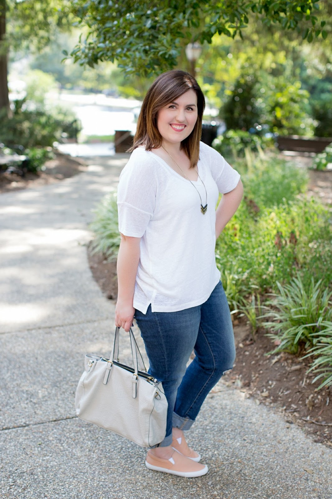 Rebecca Lately White Linen Tee Old Navy Boyfriend Jeans Pink Slip On Sneakers Urban Expressions
