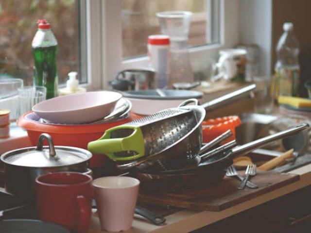 Gambar teknik mencuci piring dengan cepat tanpa malas