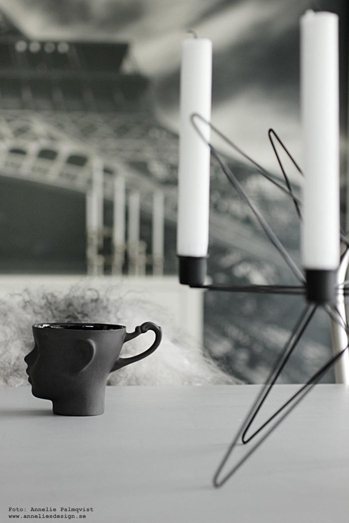 kaffe, kaffemugg, mugg,, muggar, ansikte, annelies design, webshop, inredning, ljusstake, webbutik, nätbutik, nätbutiker, detalj, kök, köket, svart och vitt, fårskinn,