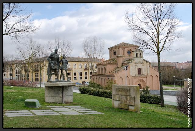 Lazarillo de Tormes e Iglesia de Santiago Salamanca