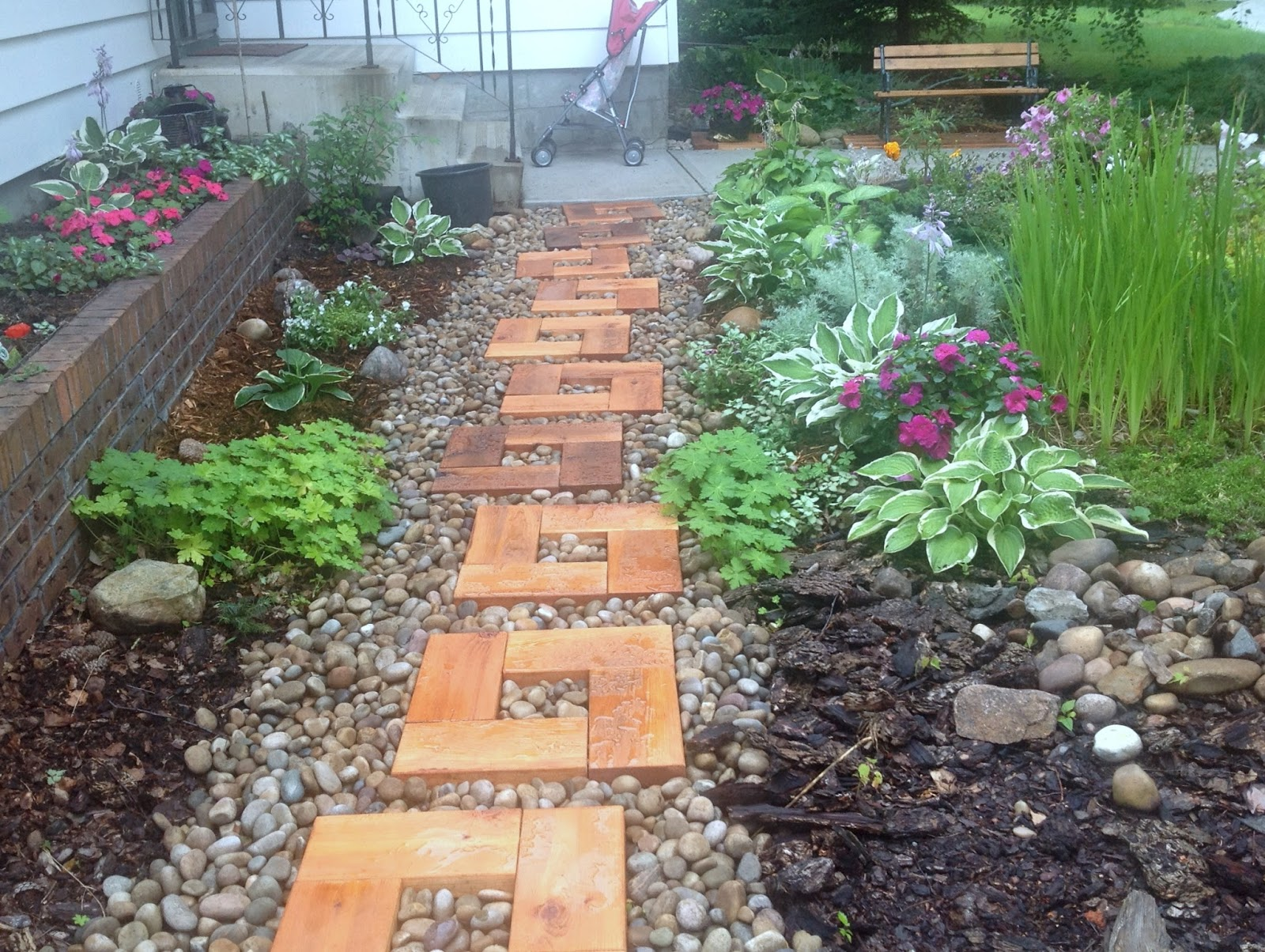 Backyard garden wood and stone path with cedar stepping for Rock stepping stones landscaping